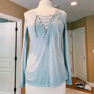 NEW WITH TAGS Lacy Top from American Eagle!